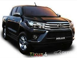Toyota Hilux SRV 4x4 o similar